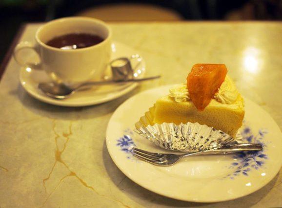 純喫茶ヒスイのケーキセット