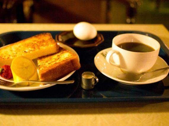 広島市中区の喫茶店「中村屋」モーニング