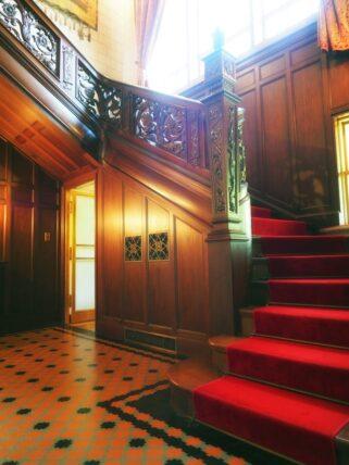 旧乾邸・階段