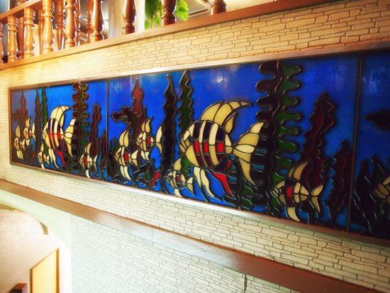 十三・喫茶なにわの魚のステンドグラス
