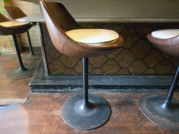 大和高田・喫茶グランプリの椅子