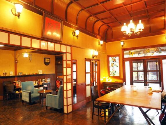 島原・きんせ旅館カフェ全景