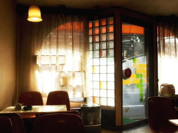 住吉・喫茶タンポポのガラス窓