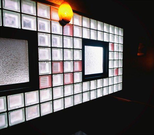 西脇市・喫茶マンボ_ガラスブロック width=