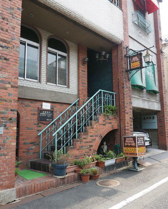 倉敷市の純喫茶・西洋乞食の外観