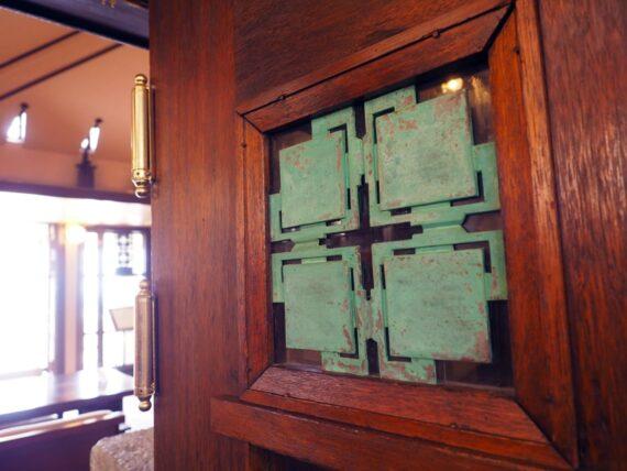 ヨドコウ迎賓館・緑青の飾り銅板
