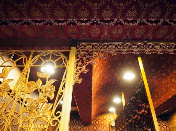 喫茶ナポレオンの装飾