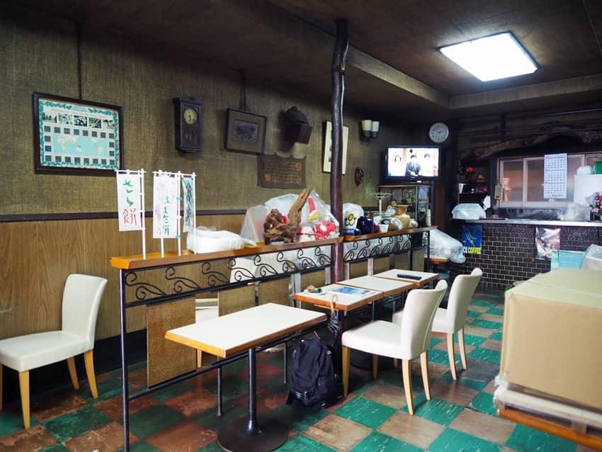 明日香菓舗の喫茶コーナー