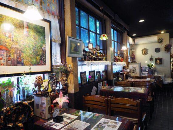 画廊喫茶蜜の店内