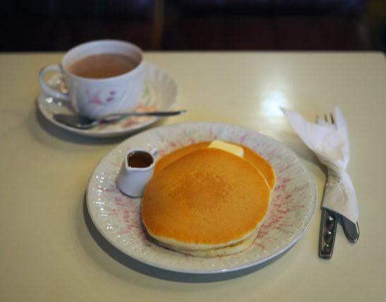 喫茶モナミのホットケーキ
