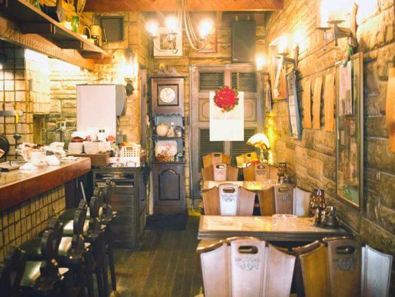 純喫茶ジャワの店内1階