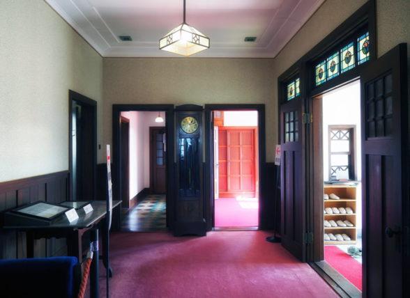 旧平賀邸の玄関ホール