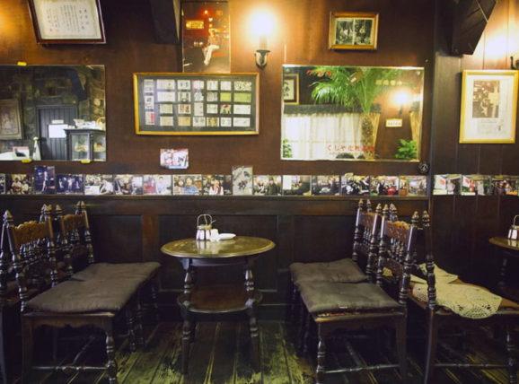 喫茶エデンの客席