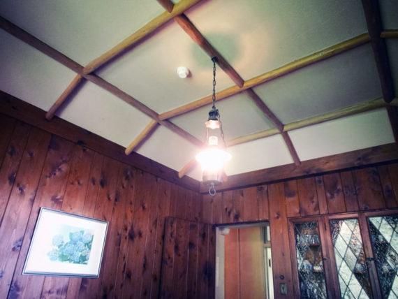 ヴォーリズ六甲山荘の船底天井
