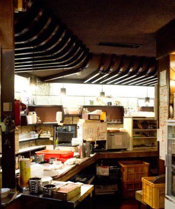 純喫茶翡翠の厨房