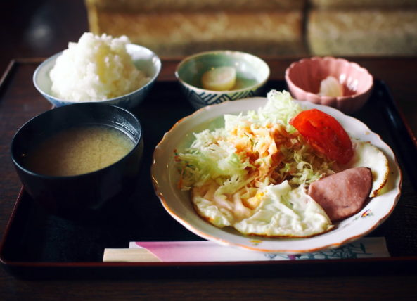 純喫茶翡翠の定食