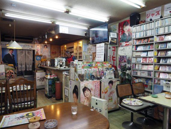 喫茶くすのきの店内全体図