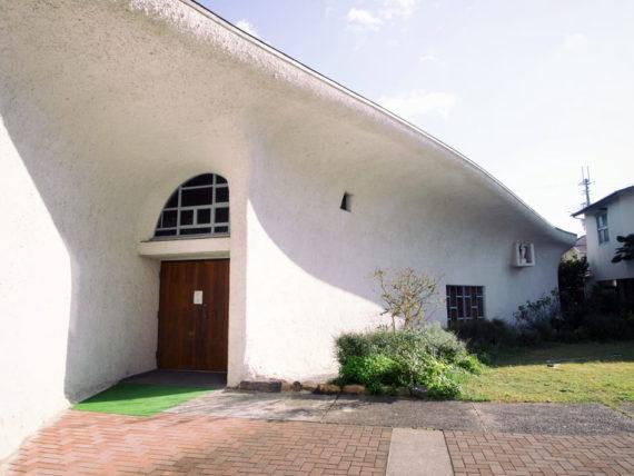 カトリック宝塚教会・入り口