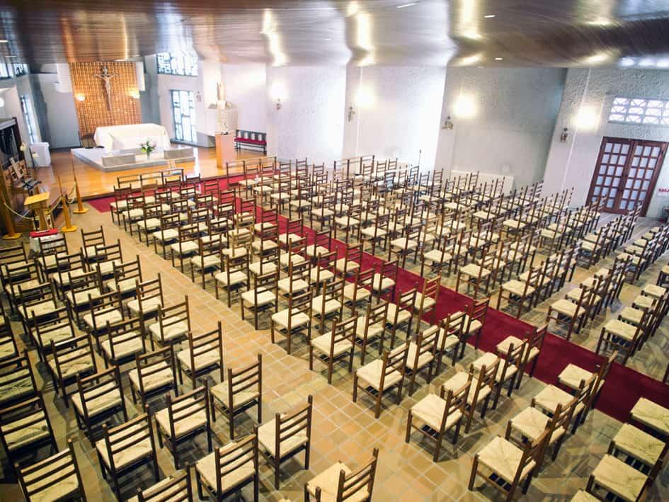 カトリック宝塚教会・2階から見た席