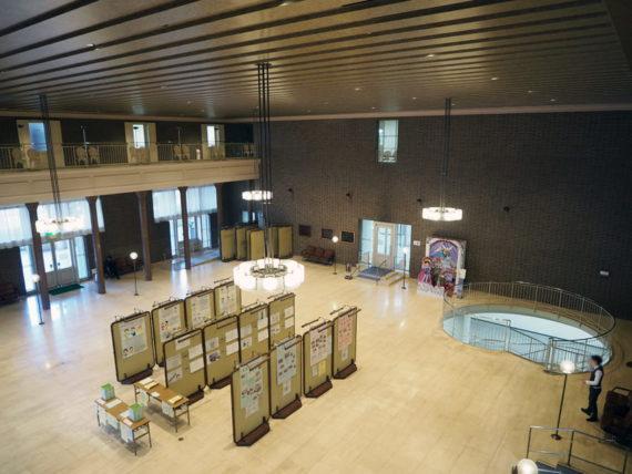宝塚市庁舎内1階市民ホールふかん図