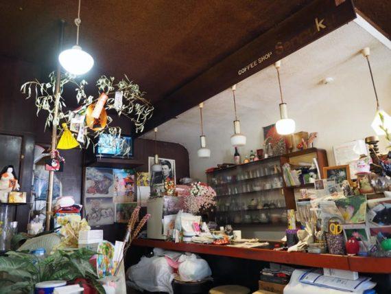 千福珈琲店のカウンター