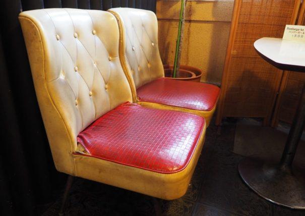 ボンネット・椅子