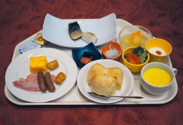 メインダイニング錦・朝食
