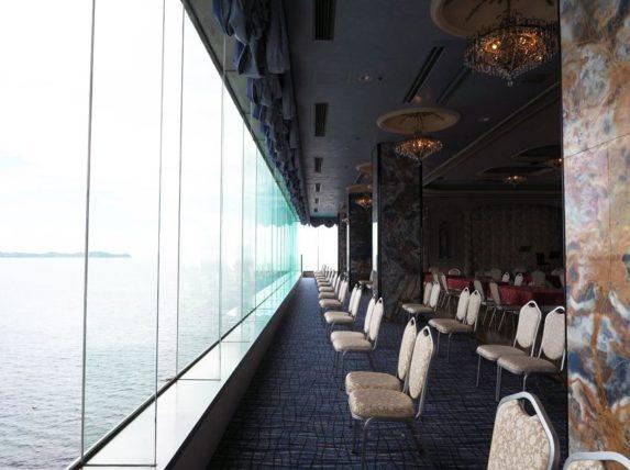 海が見えるサロンド錦鱗