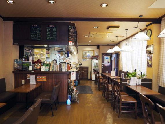 喫茶タマイチ・店内