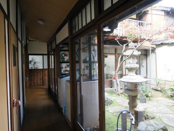 橋本の香・一階通路
