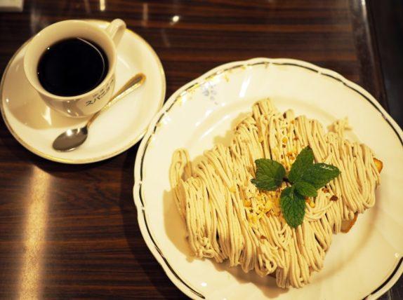 スパニョラ・モンブラントーストとコーヒー