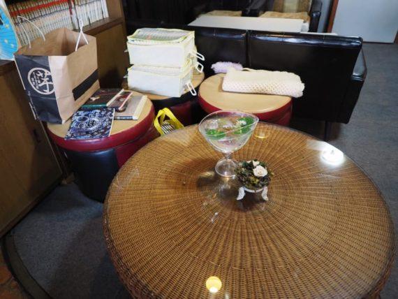 喫茶nest・テーブル