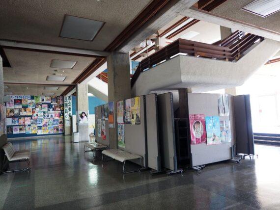 西脇市民会館・1階階段裏