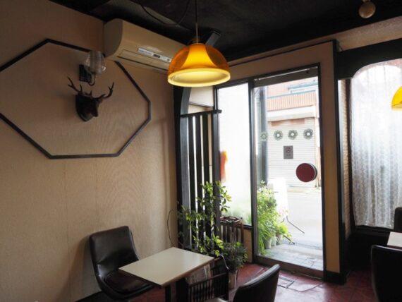 喫茶ムーラン・入り口付近