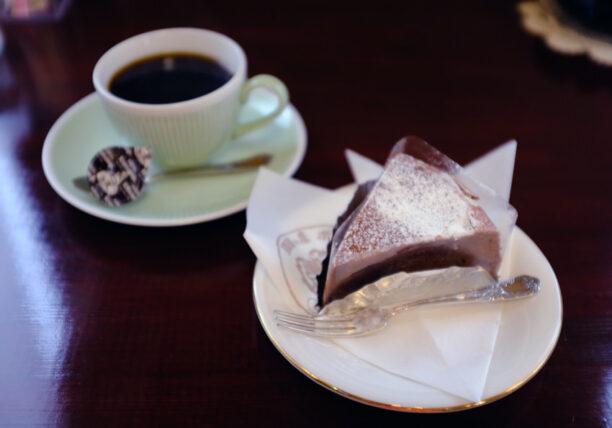 珈琲の店ボア・ケーキセット