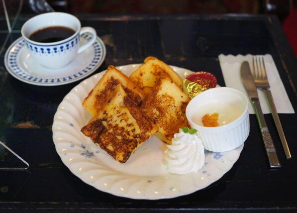 喫茶水鯨・フレンチトーストモーニング