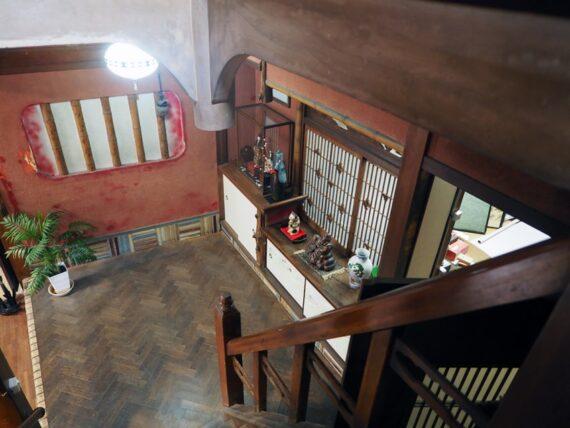旧第二友栄楼・階段途中