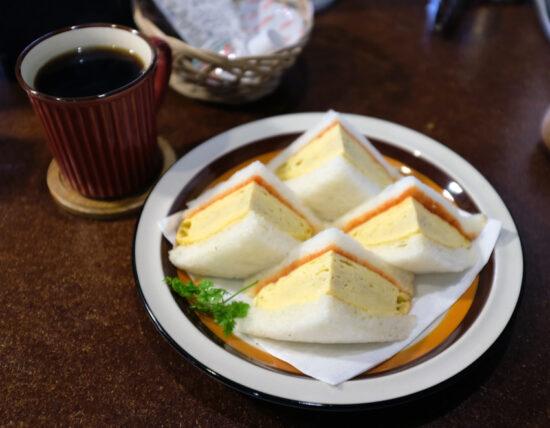 喫茶水鯨・たまごサンドモーニング
